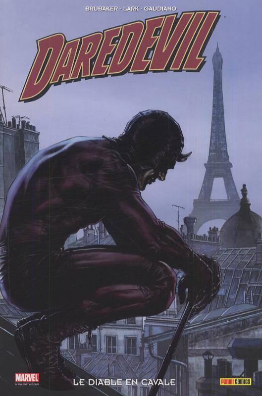Daredevil - L'homme sans peur – 100% Marvel, T15 : Le diable en cavale (0), comics chez Panini Comics de Brubaker, Gaudiano, Lark, Aja, d' Armata, Hollingsworth, Bermejo