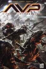 Aliens vs Predator T1 : Troisième guerre des mondes (0), comics chez Soleil de Stradley, Pennington, Leonardi, Dzioba, Swanland