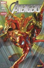 The Avengers (revue) – V 5, T1 : Guerre totale (0), comics chez Panini Comics de Waid, Duggan, Larraz, Ramos, Del Mundo, Delgado, Curiel, D'Alfonso, Ross