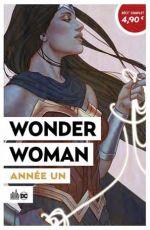 Wonder Woman année un, comics chez Urban Comics de Rucka, Simone, Andolfo, Van sciver, Evely, Scott, Di Chiara, Fajardo Jr, Miller, Frison