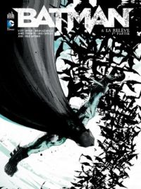Batman T8 : La relève - 1re partie (0), comics chez Urban Comics de Tynion IV, Snyder, Azzarello, Capullo, Antonio, Jock, McCraig, FCO Plascencia, Loughridge