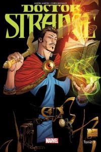 Doctor Strange T1 : Les voies de l'étrange, comics chez Panini Comics de Aaron, Bachalo, Nowlan, Quesada