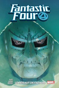 Fantastic Four  T3 : Le héraut de Fatalis (0), comics chez Panini Comics de Slott, Villanelli, Marquez, Brown, Ramirez, Caselli, Medina, Libranda, Kuder, Lucas, Gracia, Arciniega, Arbutov, Yackey, Rosenberg, Ribic