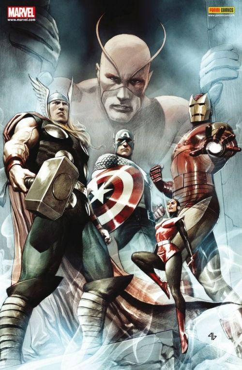 The Avengers (revue) – V 2, T2 : Le germe cosmique (0), comics chez Panini Comics de Brubaker, Abnett, Lanning, Fraction, Heinberg, Brooks, Cheung, McNiven, Coipel, Rauch, Oback, Ponsor, Martin, Granov