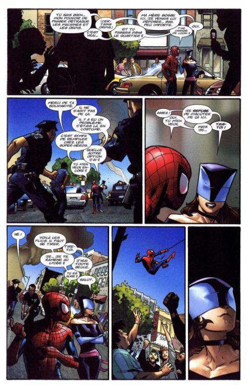 Spider-Man - Best comics T2 : La mort d'un bouffon (0), comics chez Panini Comics de Bendis, Immonen, Ponsor