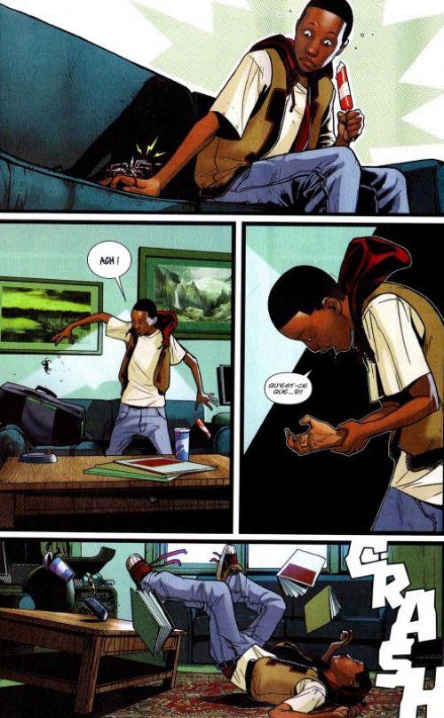Ultimate Universe T1 : Qui est Miles Morales ? (0), comics chez Panini Comics de Hickman, Bendis, Spencer, Ribic, Medina, Pichelli, White, Gracia, Ponsor, Andrews