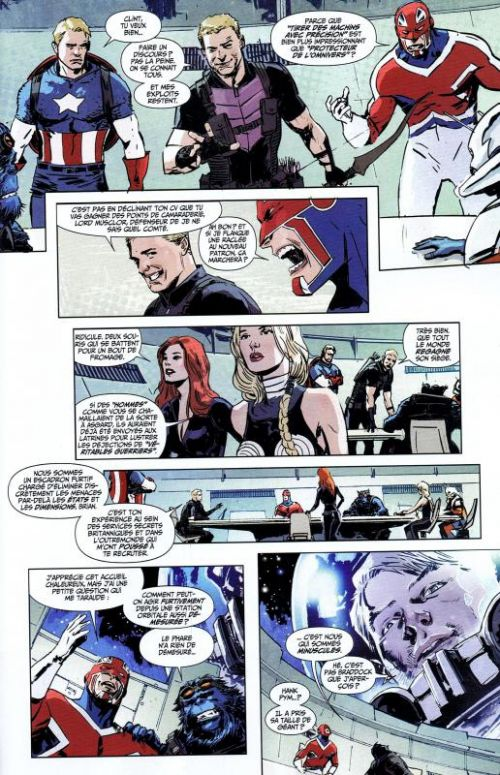 Hulk – Revue V 2, T2 : Une nouvelle vie (0), comics chez Panini Comics de Remender, Parker, Aaron, Hardman, Walker, Portacio, Zircher, Breitweiser, Gandini, Sotomayor, Martin jr, d' Auria, Rosenberg, Yu