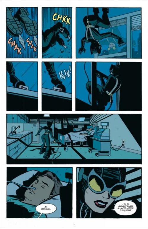 Ed Brubaker présente Catwoman T2 : Dans les bas-fonds (0), comics chez Urban Comics de Brubaker, Burchett, Stewart, Rader, Loughridge, Hollingsworth, Brusco, Cooke
