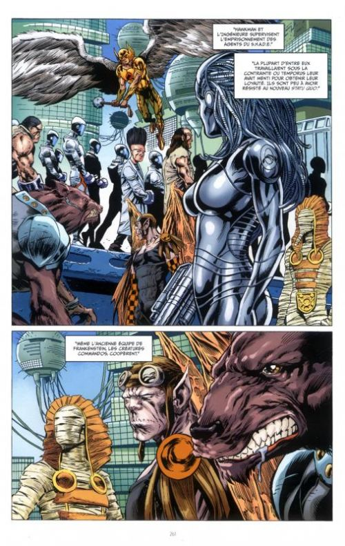 Futures End T3, comics chez Urban Comics de Giffen, Lemire, Jurgens, Azzarello, Merino, Kolins, Thompson, Lopresti, Zircher, McDonald, Eaton, Raney, Miller, Sook