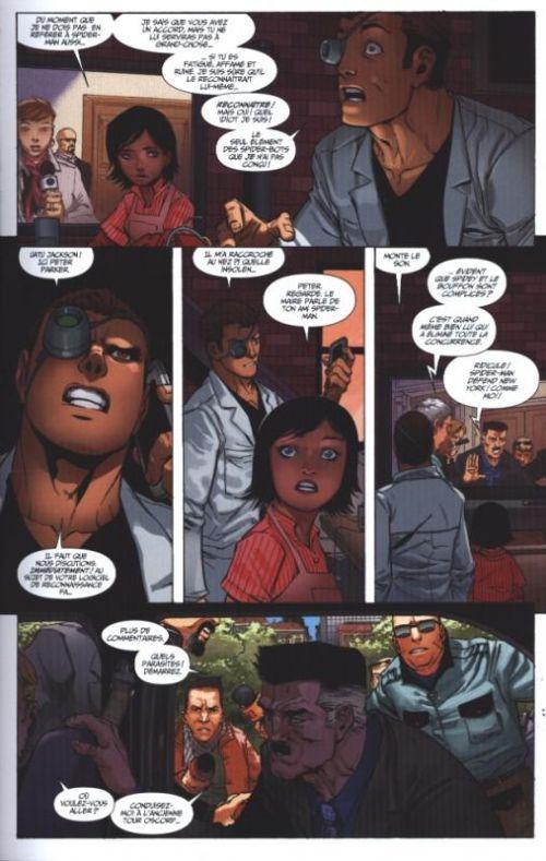 Superior Spider-Man T6 : La Nation Bouffon (0), comics chez Panini Comics de Gage, Slott, Briones, Sliney, Camuncoli, Rodriguez, Delgado, Gandini, Fabela